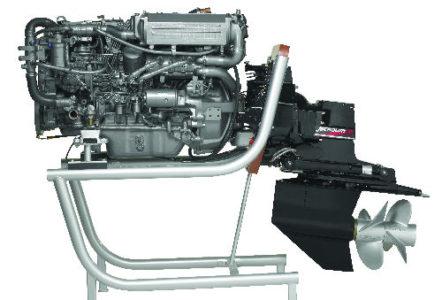 Yanmar6LPASeriesBravoSterndrive-main-engine-thumb